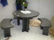 Sitzgruppen aus Naturstein