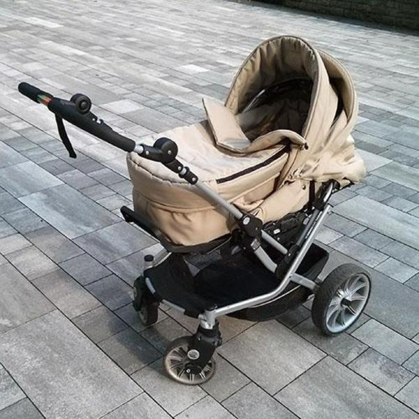 teutonia mistral s mit wintersack trittbrett maxi cosi adapter in stuttgart kinderwagen. Black Bedroom Furniture Sets. Home Design Ideas