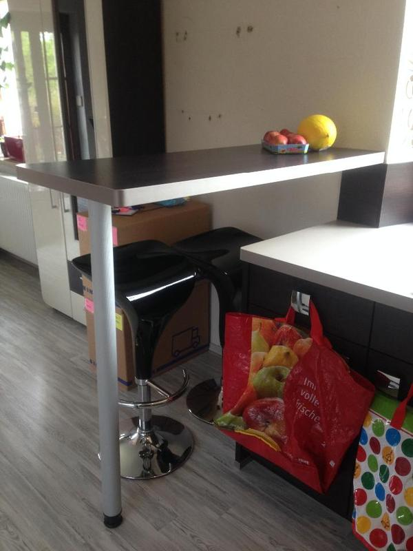 k che theke wand. Black Bedroom Furniture Sets. Home Design Ideas