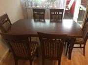 Tisch für 8