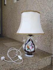 Tischlampe: alte Vase