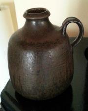 Töpferarbeit Vase