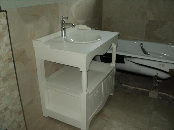 waschtisch im landhausstil gehalten shabby romantik neu. Black Bedroom Furniture Sets. Home Design Ideas
