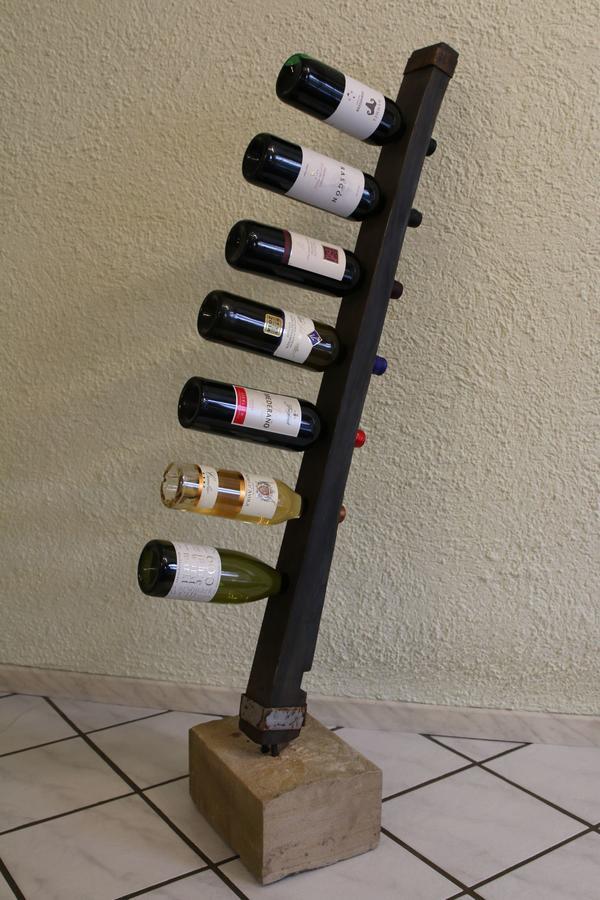 Weinregalständer