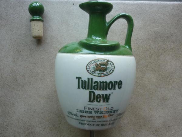 Whisky Tullamore Dew Krug ungeöffnet - Inden - Aus Barauflösung zu verkaufen. Krug Tullamore Dew 0,7l ungeöffnete Krug.Versand bei Kostenübernahme möglich - Inden