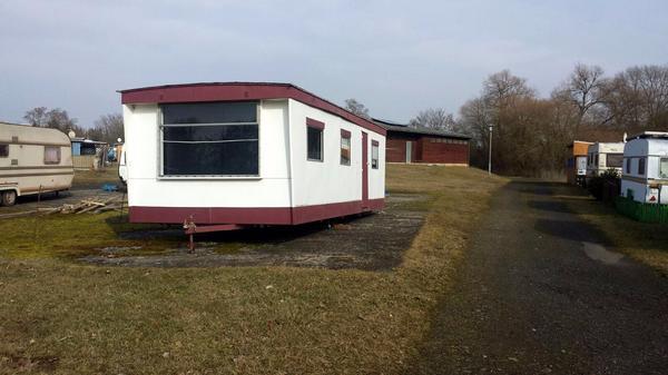 wohnwagen wohnmobil campingwagen b rocontainer b ro. Black Bedroom Furniture Sets. Home Design Ideas